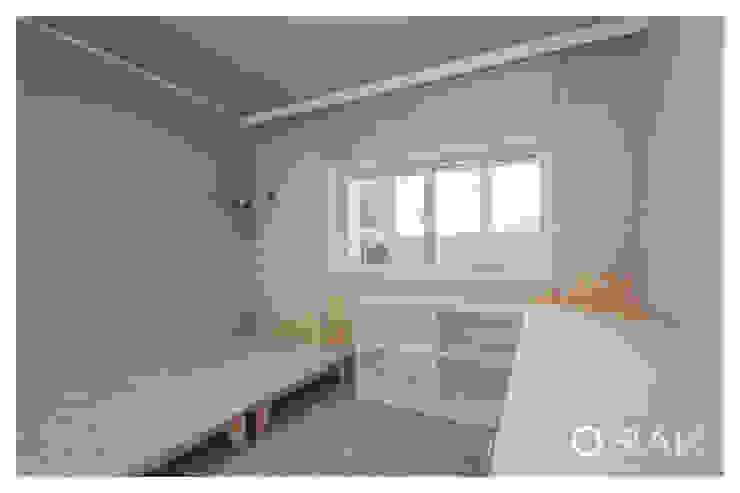 월곡동 두산위브 아파트 / 33평형 아파트 인테리어 모던스타일 침실 by 오락디자인 모던