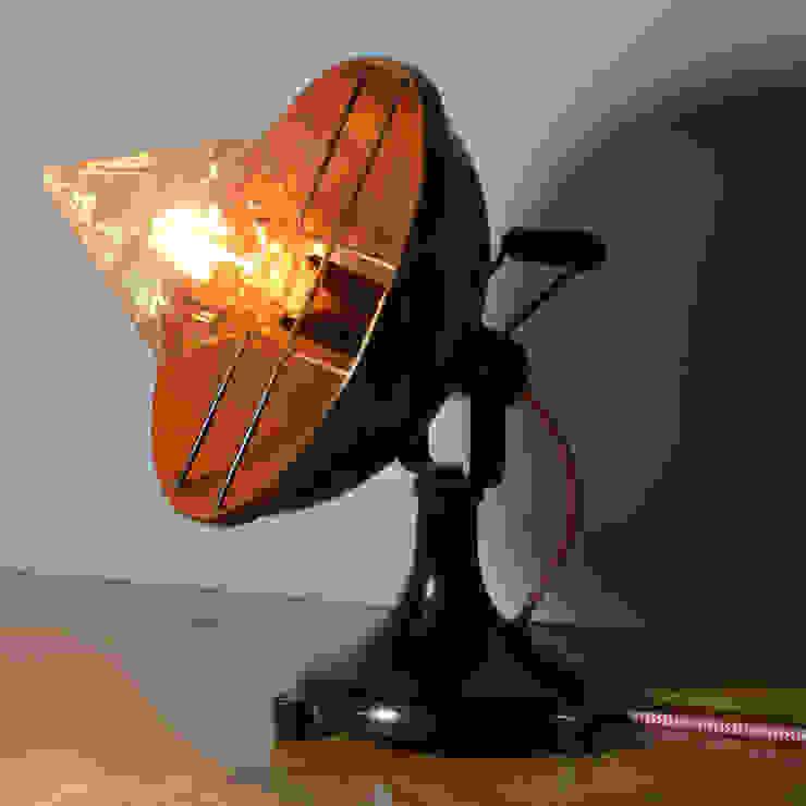 'Stargazer' Table lamp it's a light Ruang Keluarga Gaya Industrial