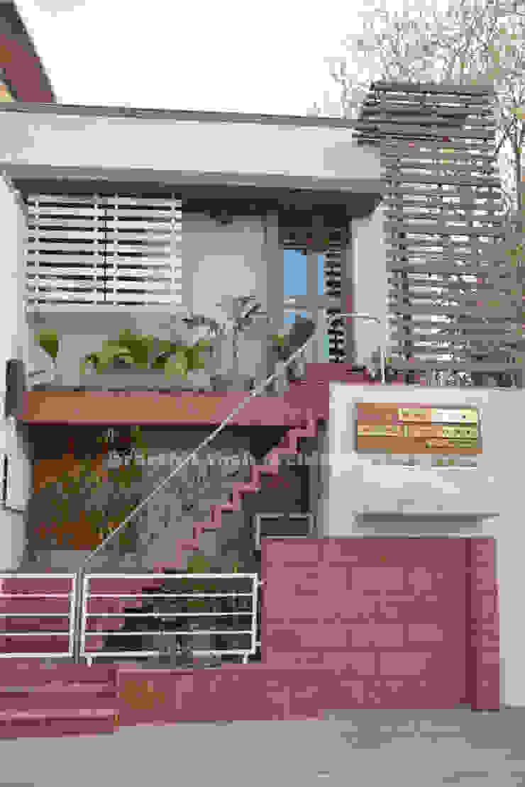 prarthit shah architects Minimalist house