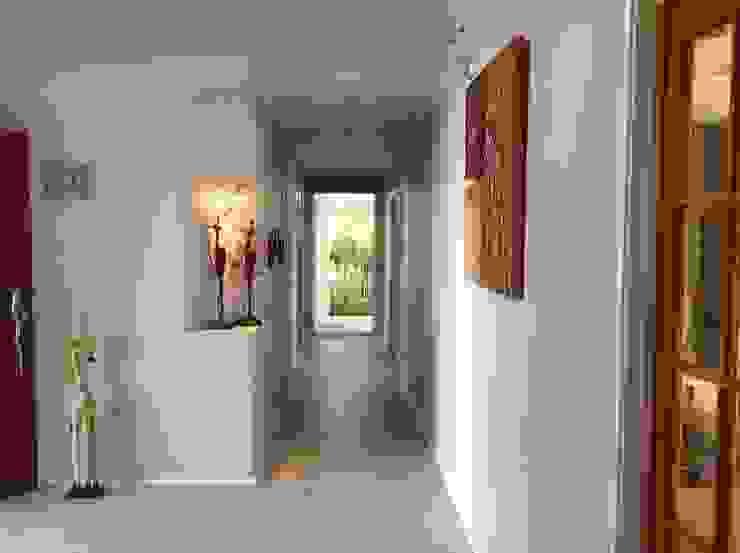 紐西蘭 T D 斯堪的納維亞風格的走廊,走廊和樓梯 根據 耀昀創意設計有限公司/Alfonso Ideas 北歐風