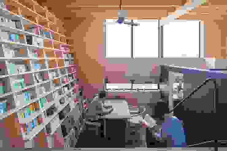 Dining room by 藤井伸介建築設計室, Modern