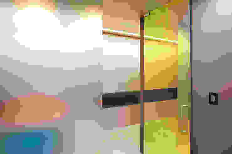 바나나피쉬 Modern windows & doors