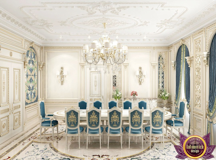 ​Dining room interior design by Katrina Antonovich. Classic style dining room by Luxury Antonovich Design Classic