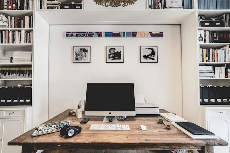 Estudios y despachos de estilo moderno de MODO Architettura Moderno