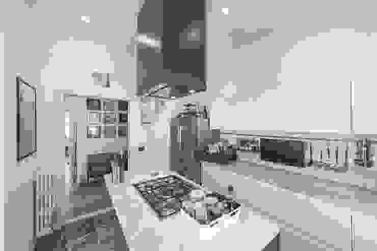 57125 House Cucina moderna di MODO Architettura Moderno