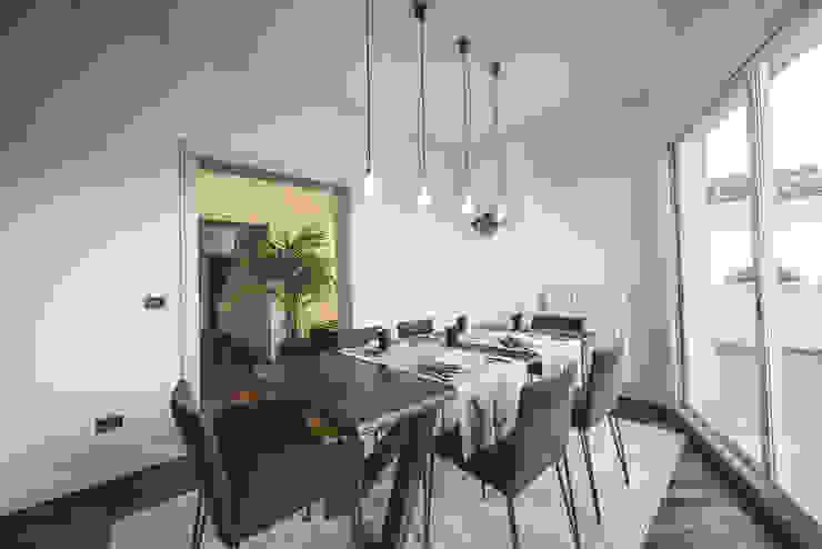 Salones de estilo minimalista de MODO Architettura Minimalista