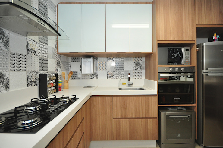 Eclectic style kitchen by Condecorar Arquitetura e Interiores Eclectic