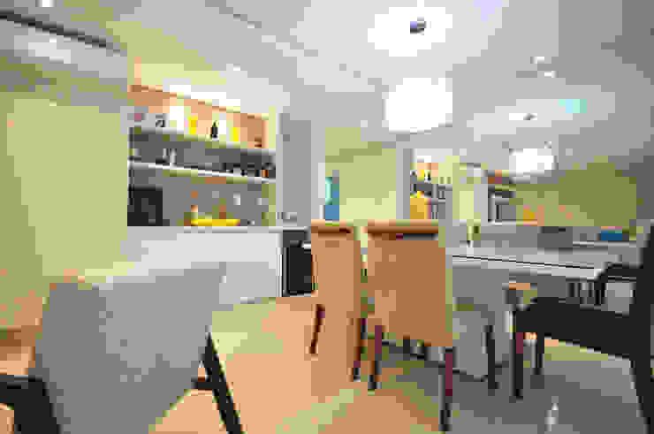 Apartamento São Caetano - 113M² Condecorar Arquitetura e Interiores Salas de jantar clássicas