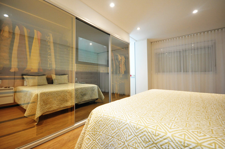 Dormitorios de estilo  de Condecorar Arquitetura e Interiores