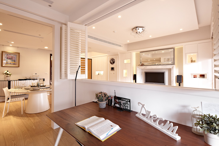 Ruang Studi/Kantor Gaya Skandinavia Oleh 耀昀創意設計有限公司/Alfonso Ideas Skandinavia