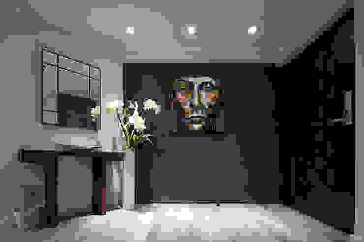 Pasillos, vestíbulos y escaleras de estilo escandinavo de 耀昀創意設計有限公司/Alfonso Ideas Escandinavo