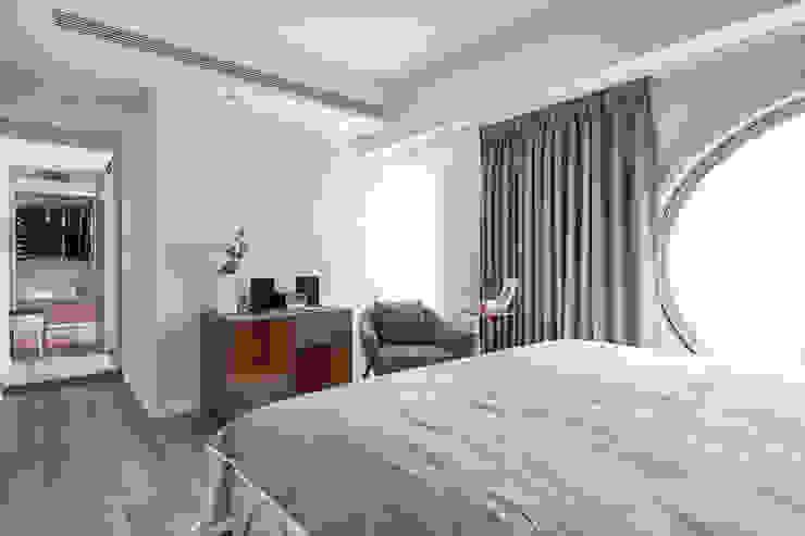 地板收納櫃 Scandinavian style bedroom by 耀昀創意設計有限公司/Alfonso Ideas Scandinavian