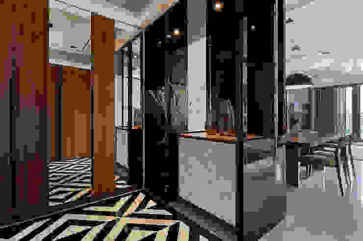 惠友紳陳宅 現代風玄關、走廊與階梯 根據 舍子美學設計有限公司 現代風