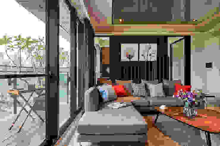 惠友紳陳宅 现代客厅設計點子、靈感 & 圖片 根據 舍子美學設計有限公司 現代風