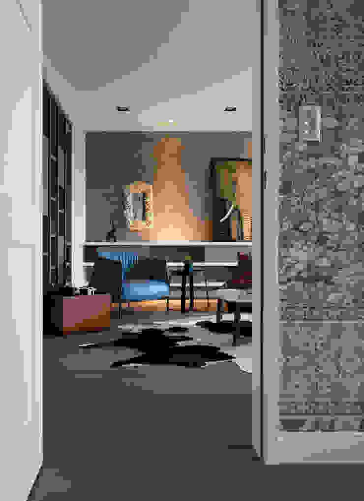 Scandinavian style living room by 耀昀創意設計有限公司/Alfonso Ideas Scandinavian