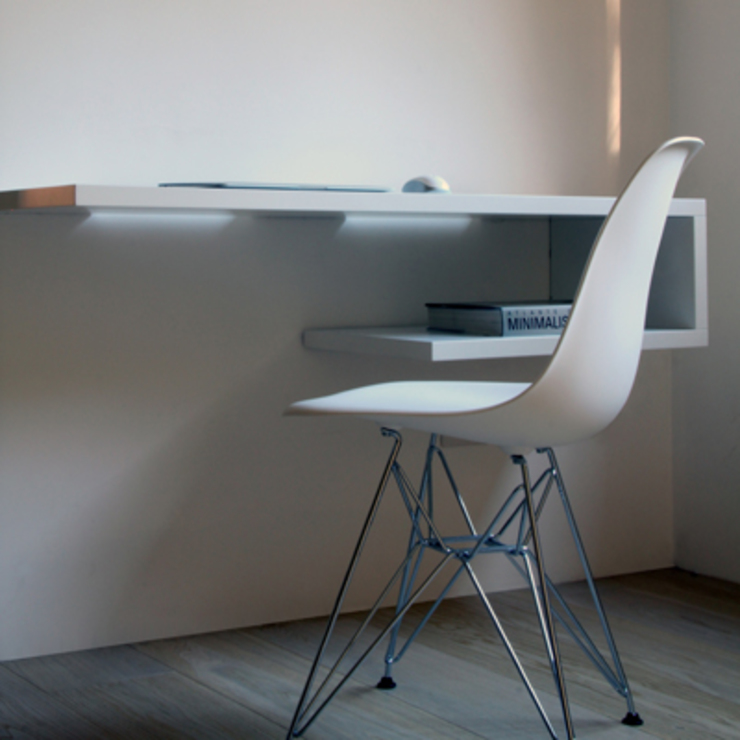 T+T ARCHITETTURA Modern Study Room and Home Office