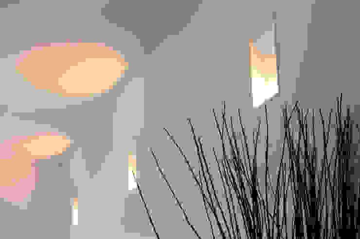 T+T ARCHITETTURA Modern Walls and Floors