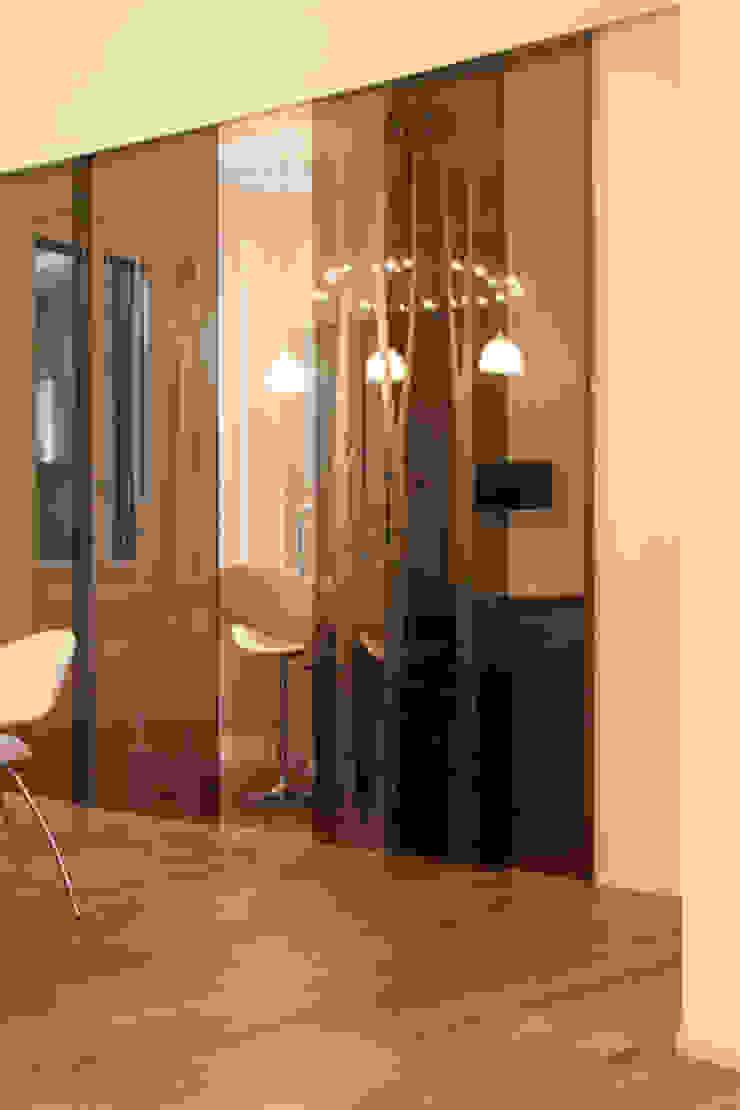 T+T ARCHITETTURA Modern Dining Room