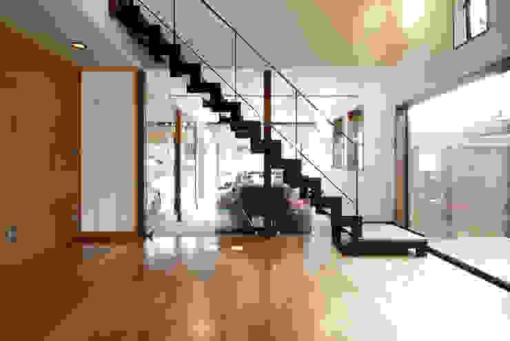 リビング 和風デザインの リビング の 藤井伸介建築設計室 和風
