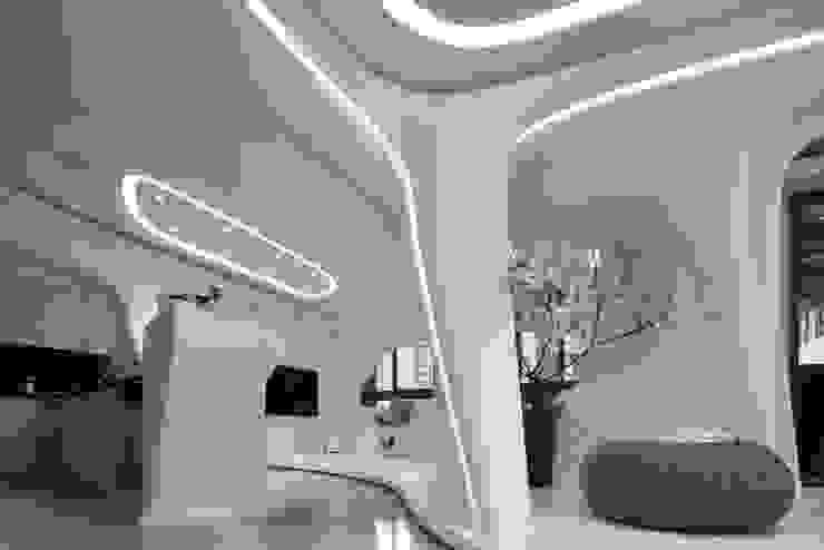 自然不造作 零角度唯美宅 现代客厅設計點子、靈感 & 圖片 根據 Luova 創研俬.集 現代風 水泥