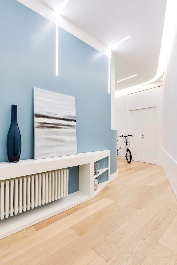 Scandinavian style corridor, hallway& stairs by SERENA ROMANO' ARCHITETTO Scandinavian