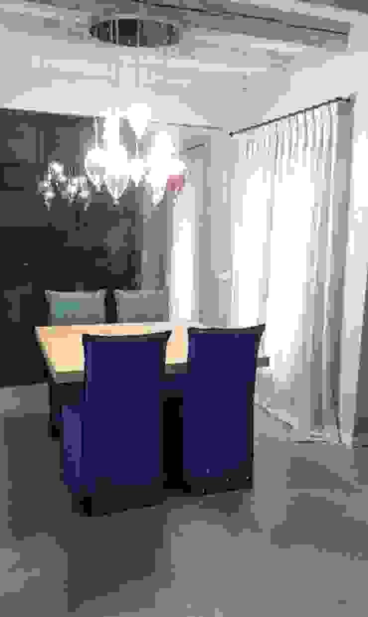 Moderne Esszimmer von casa&stile interior design e ristrutturazioni Modern