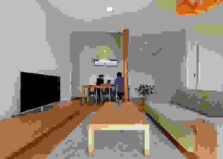 根據 磯村建築設計事務所 日式風、東方風 木頭 Wood effect