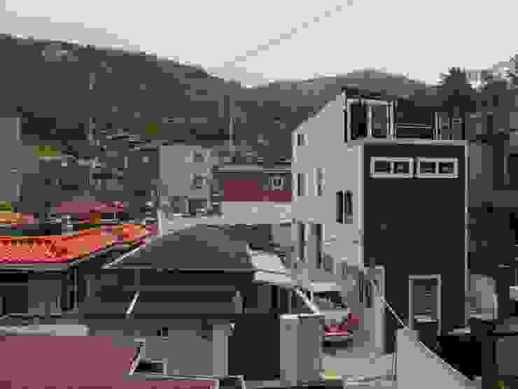 홍제동 협소주택 – H2135 모던스타일 주택 by 마음담은 건축 모던
