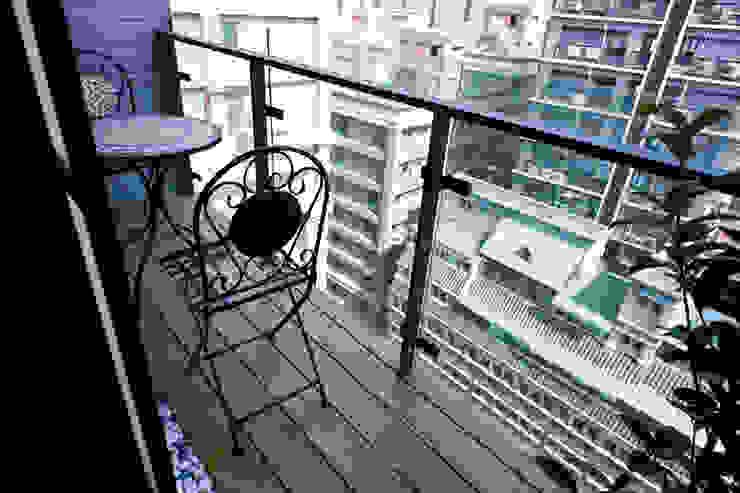 陽台 Modern style balcony, porch & terrace by homify Modern