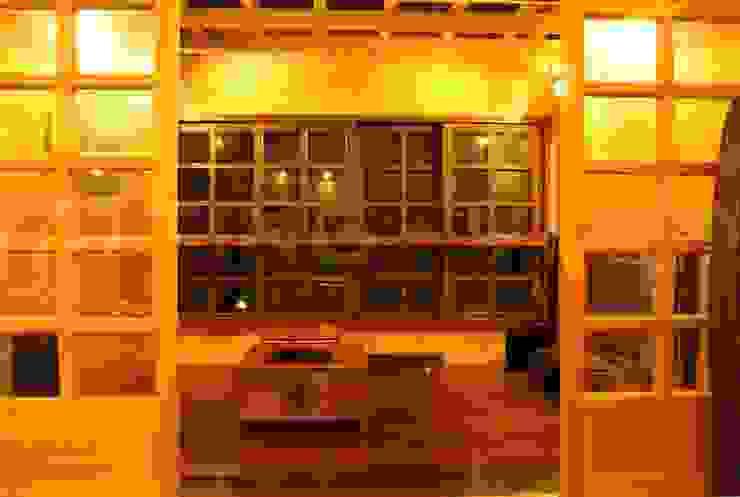 閮檍設計 Ting Yi Design Media room Solid Wood Brown