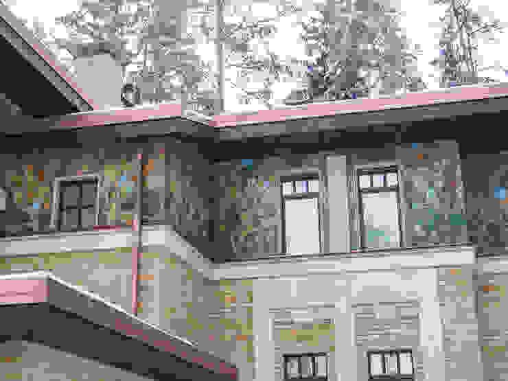 Ausgefallene Häuser von ООО 'Арт-керамика Владимира Ковалева' Ausgefallen