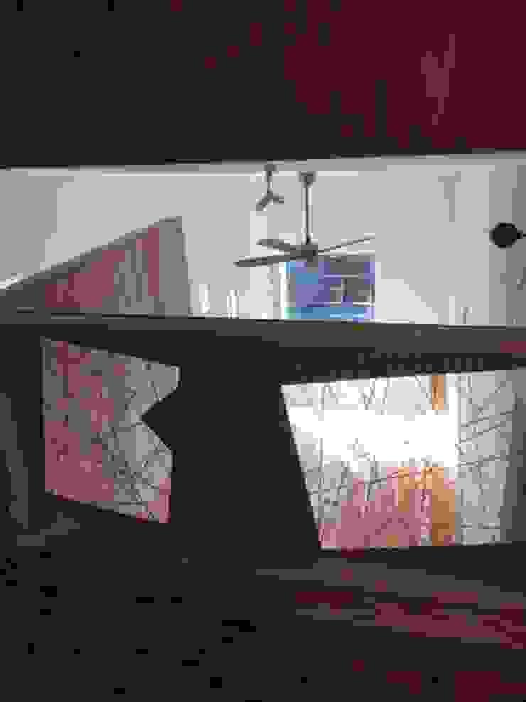 8gi・studio Modern Living Room