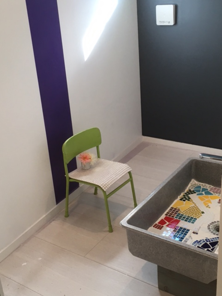 8gi・studio Modern Bathroom