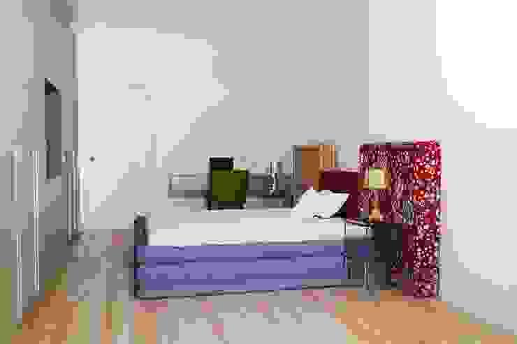 T+T ARCHITETTURA Modern Bedroom