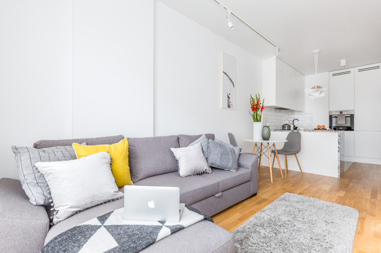 Salas de estilo moderno de Decoroom Moderno