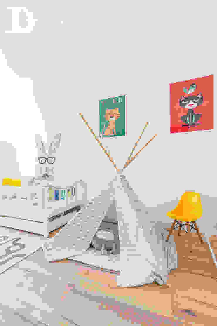 Cuartos infantiles de estilo escandinavo de Decoroom Escandinavo