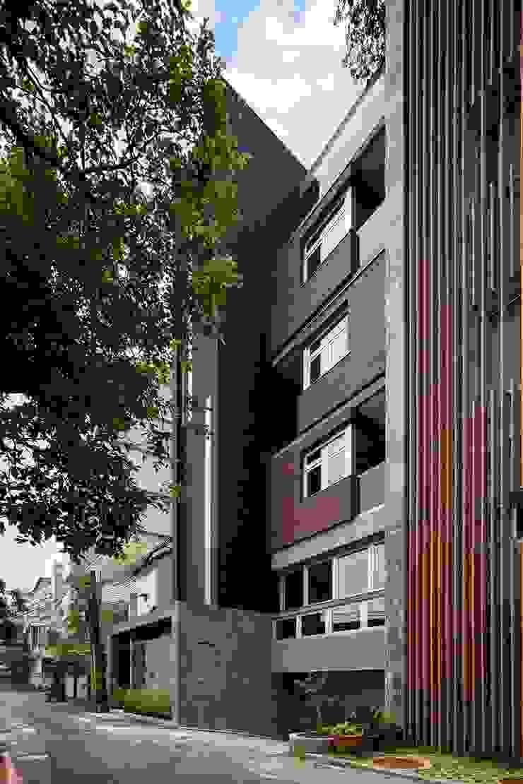 After 現代房屋設計點子、靈感 & 圖片 根據 前置建築 Preposition Architecture 現代風