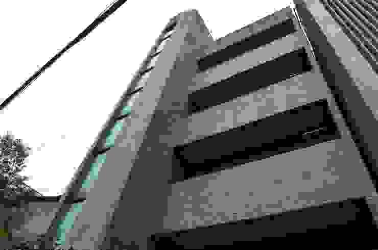 Before 現代房屋設計點子、靈感 & 圖片 根據 前置建築 Preposition Architecture 現代風