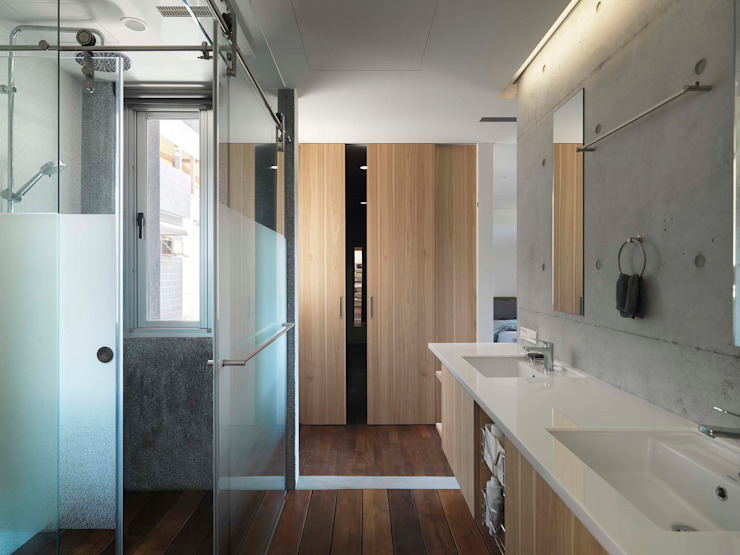 自然清亮 Modern bathroom by 前置建築 Preposition Architecture Modern