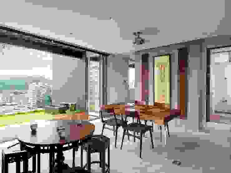 頂樓起居 根據 前置建築 Preposition Architecture 現代風