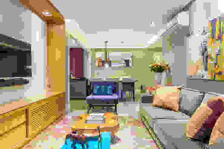 Ruang Keluarga Modern Oleh Casa 27 Arquitetura e Interiores Modern