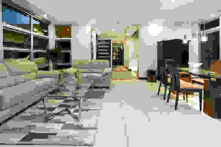 Sala de estar - Comedor Livings de estilo moderno de J-M arquitectura Moderno