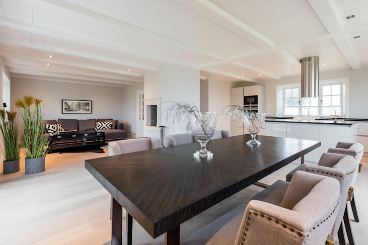 Living room by Home Staging Sylt GmbH