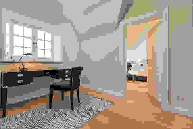 Ruang Kerja oleh Home Staging Sylt GmbH, Modern