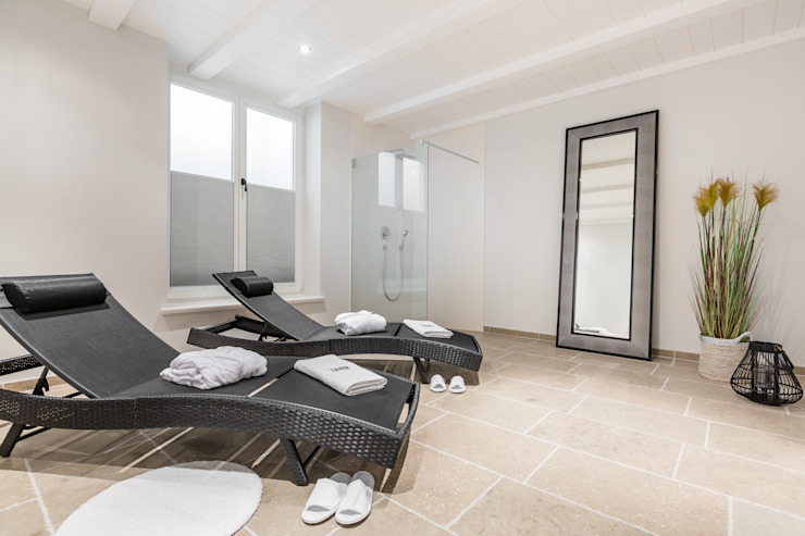 Spa oleh Home Staging Sylt GmbH, Modern