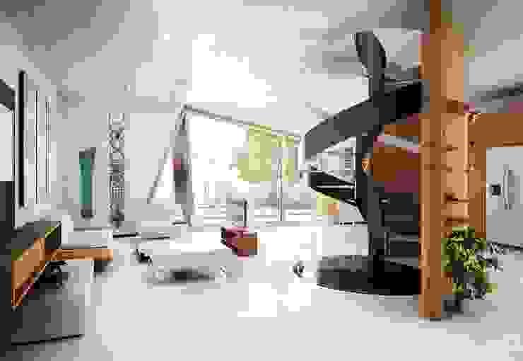 Couloir et hall d'entrée de style  par Denis Confalonieri - Interiors & Architecture, Moderne