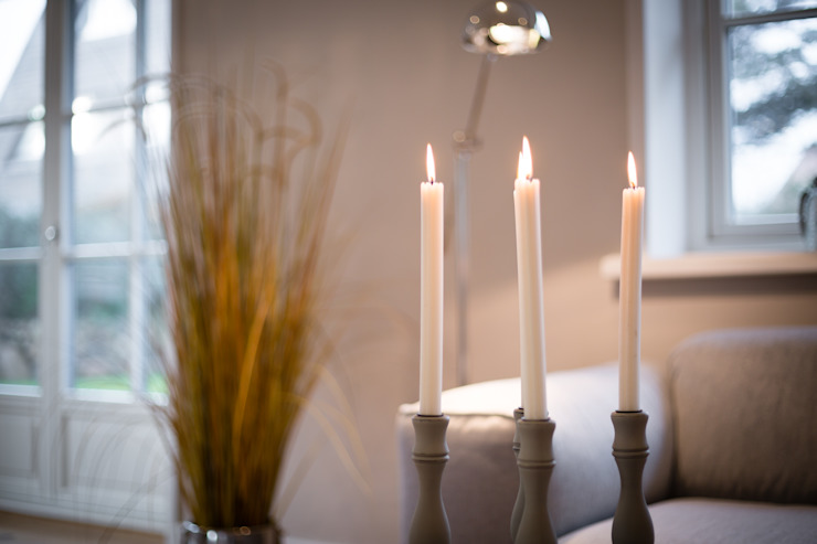 Woonkamer door Home Staging Sylt GmbH,