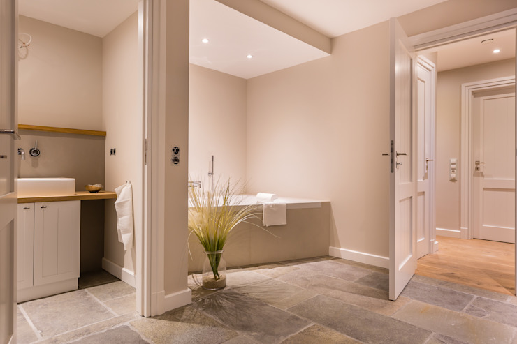 Bathroom by Home Staging Sylt GmbH, Modern