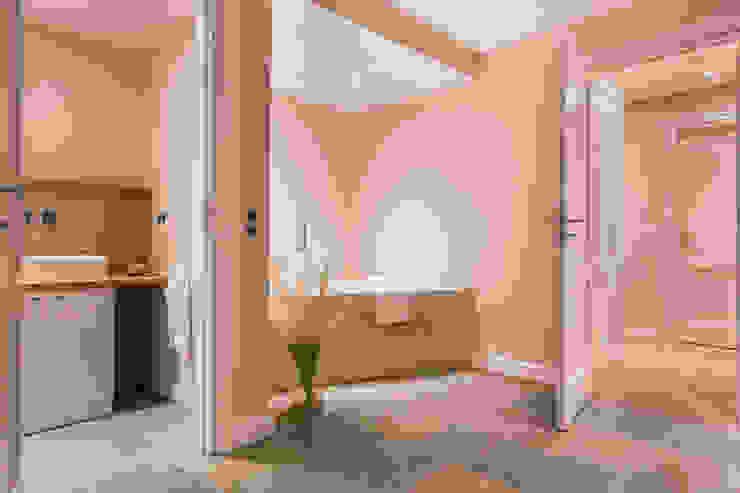 Modern bathroom by Home Staging Sylt GmbH Modern