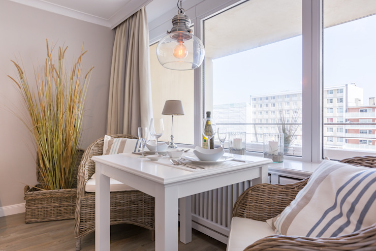 Home Staging Sylt GmbH Ruang Makan Modern